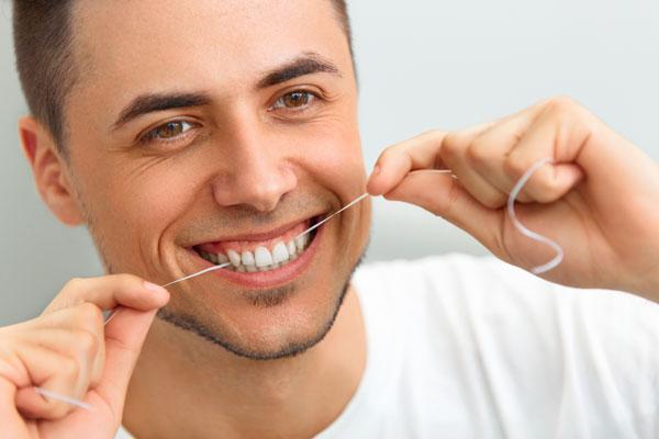 Flossing Good Oral Hygiene